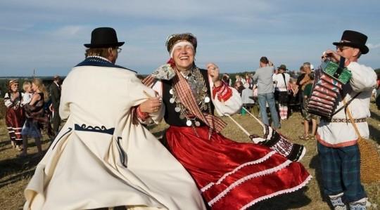 Seto Kuningriigi päev on üritus, mida peaks vaatama kohapeal ja mitte piirduma mõnesekundilise lõiguga mõnes uudistesaates. Foto: Toomas Tuul/Visit Estonia